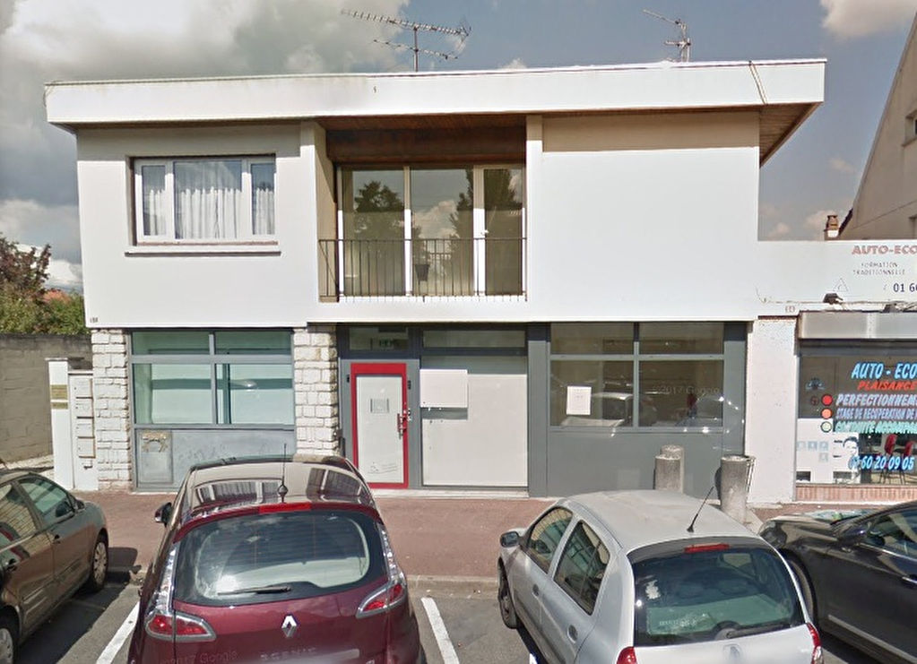 local-commercial-chelles